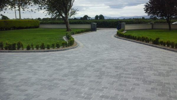 Milestone Kerb with BlueGold sandstone....