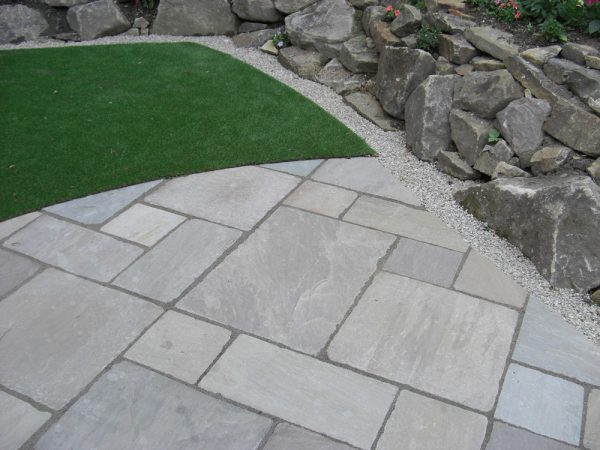 Grey Sandstone Paving-1909