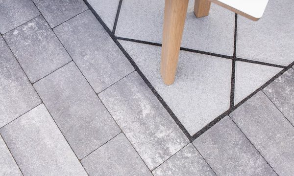 Long Stone Frassino