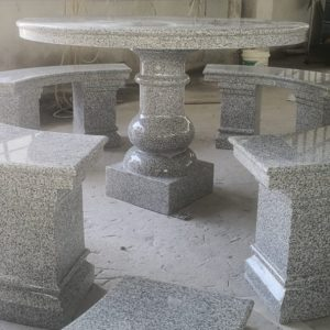 Round Table 4 Benches 1900..